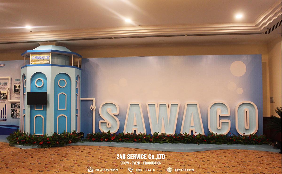 Biểu tượng SAWACO được đặt ở vị trí nổi bật, riêng biệt, như lời khẳng định về một thương hiệu vững mạnh.