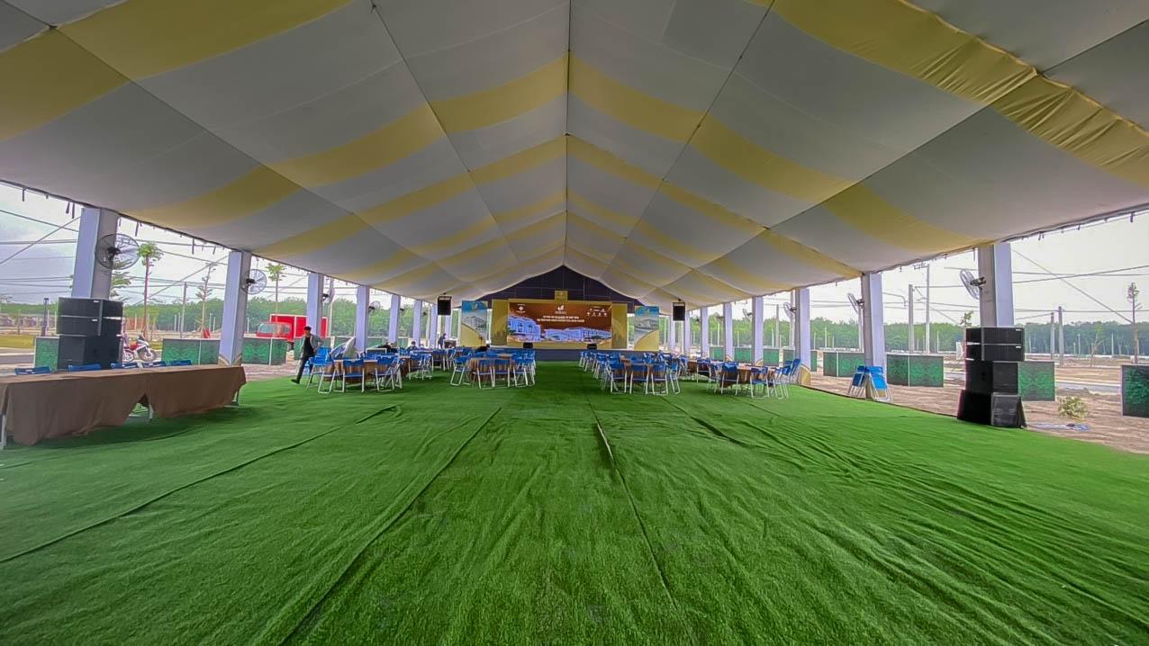 Không gian rộng rãi với sức chứa 2000 khách tham dự sự kiện